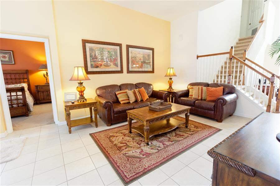 Windsor Hills Resort Platinum Homes Lounge
