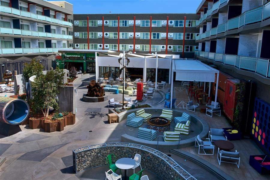 HotelOutsideSpace