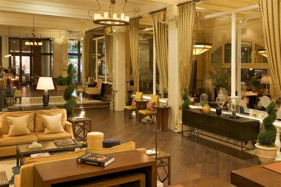 Villa Florence Hotel Lobby