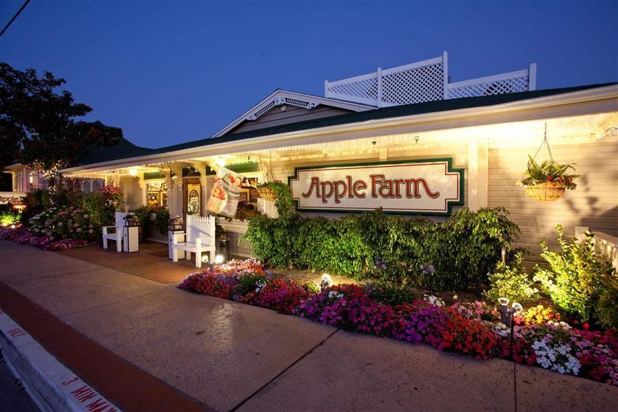 apple farm inn best at travel. Black Bedroom Furniture Sets. Home Design Ideas