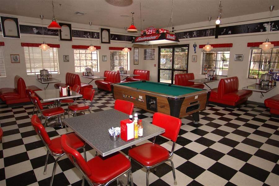 Cedar Lodge Diner